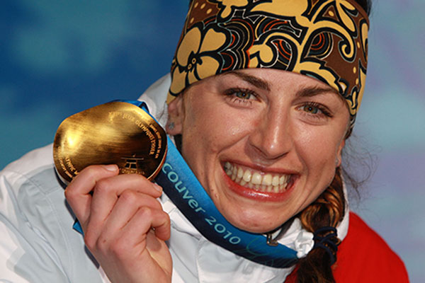 Justina Kowalczyk wins gold in the women's 30km classical cross-country at Vancouver 2010