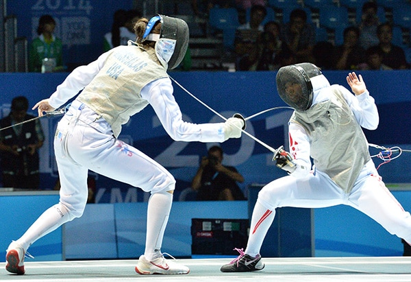 Surprises abound in women s fencing nanjing olympic news