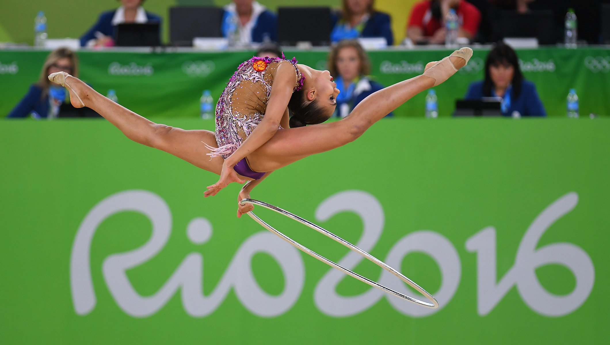 Russia continue golden streak in rhythmic gymnastics - Olympic News