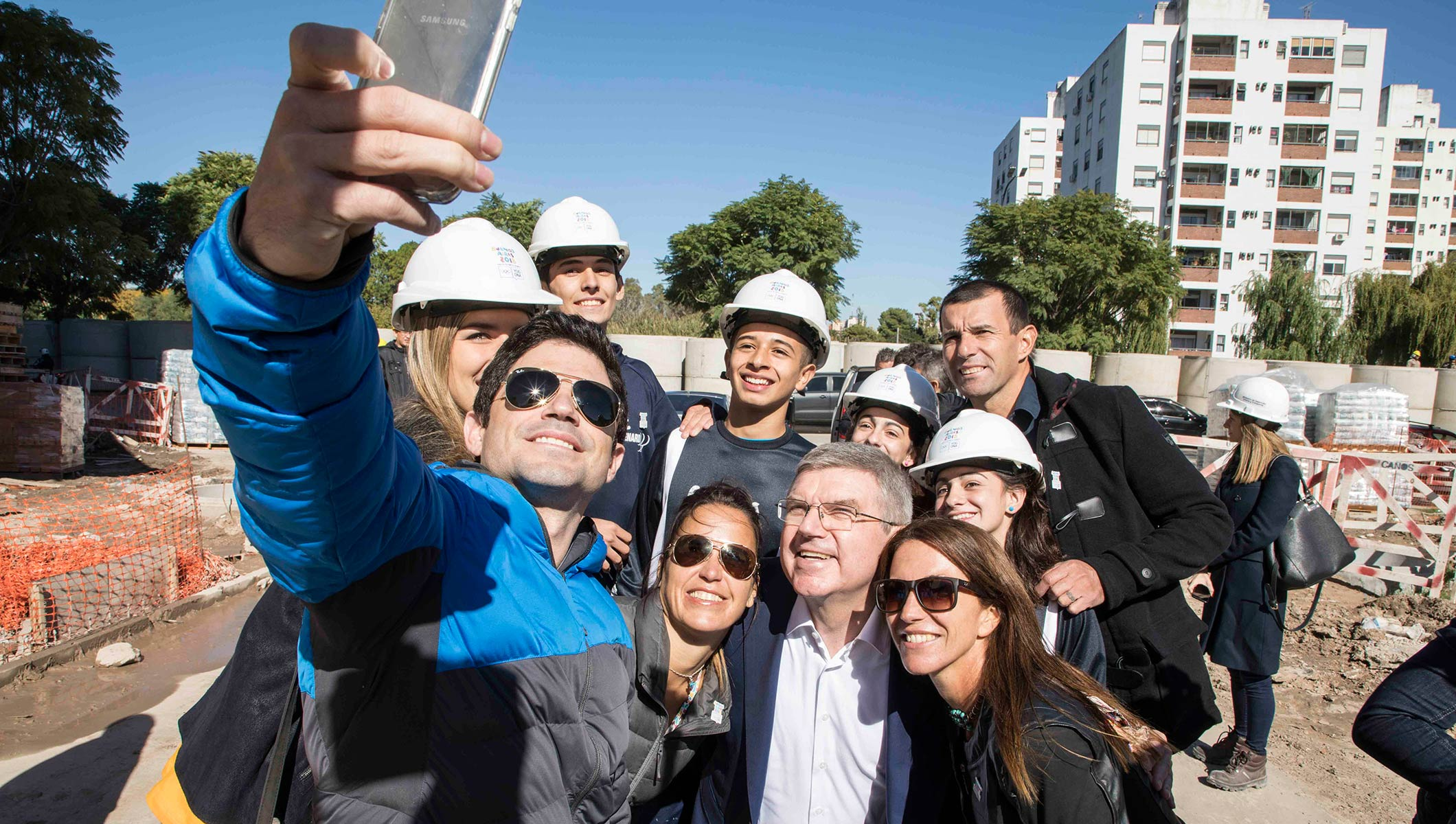 Argentinean athletes share their Youth Olympic hopes with IOC President