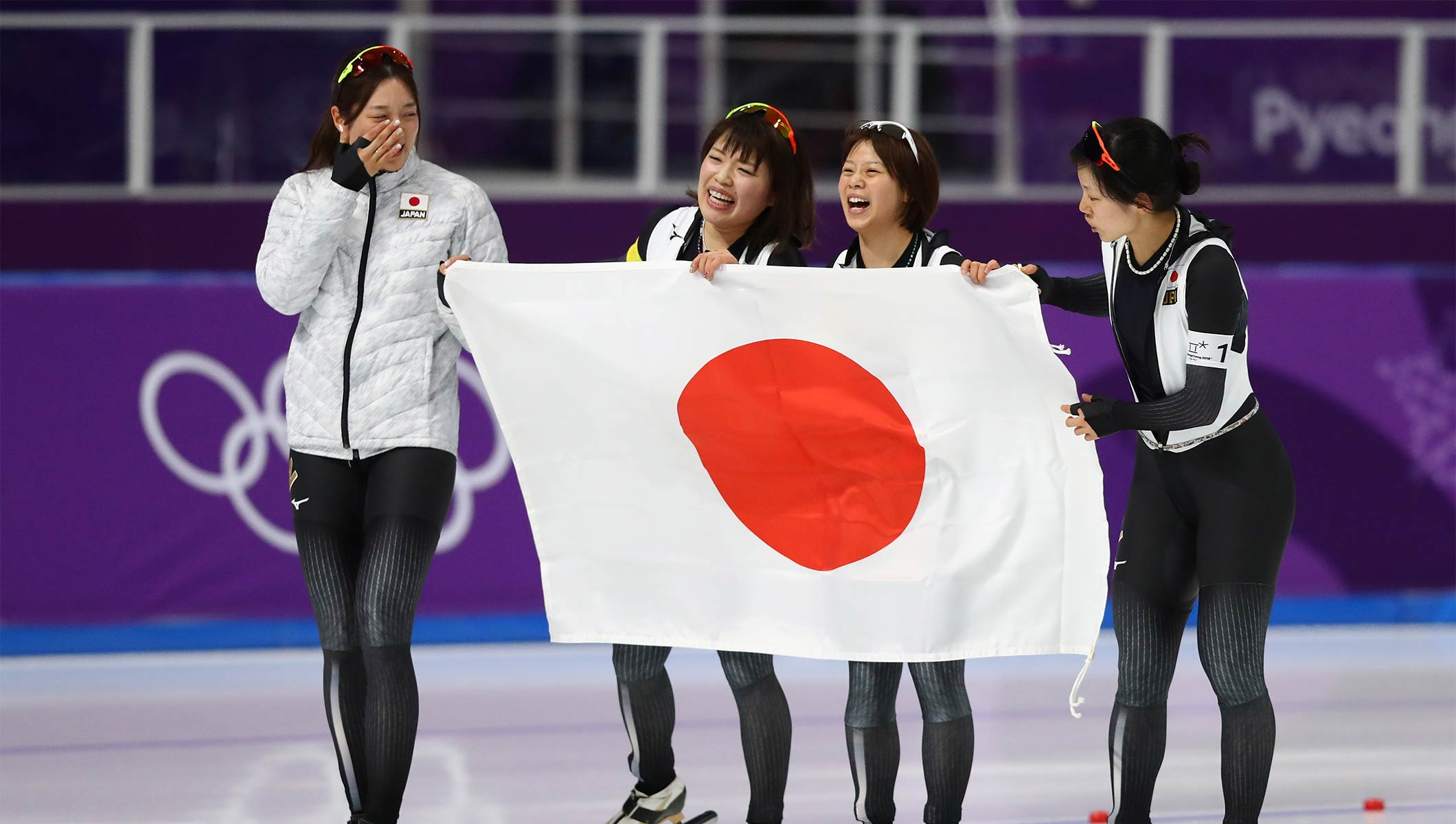 japanese women set new olympic record on way to speed