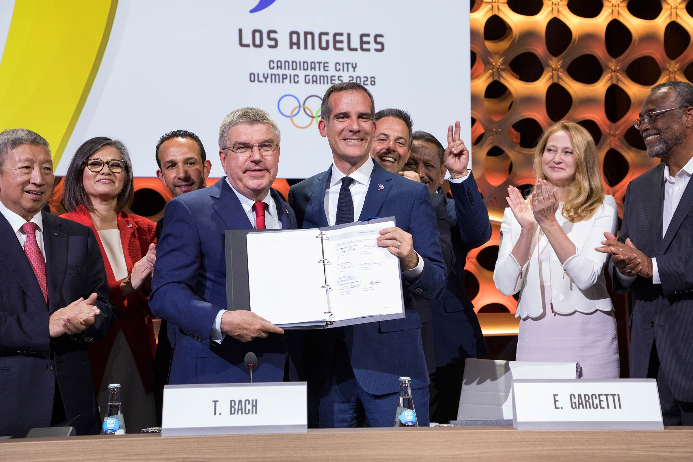 LA 2028 Host Contract Signature